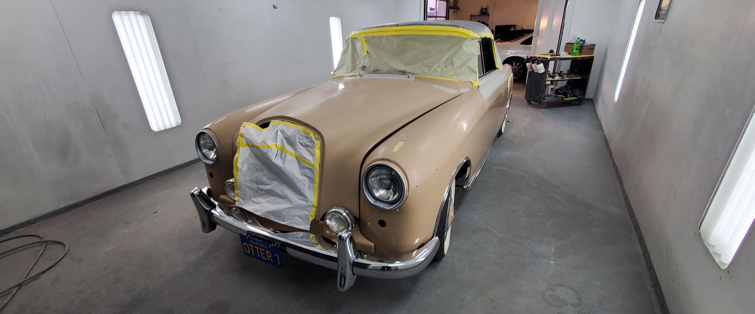 1959-Mercedes-Benz-220S-Tan-R2-slideshow-002@2x