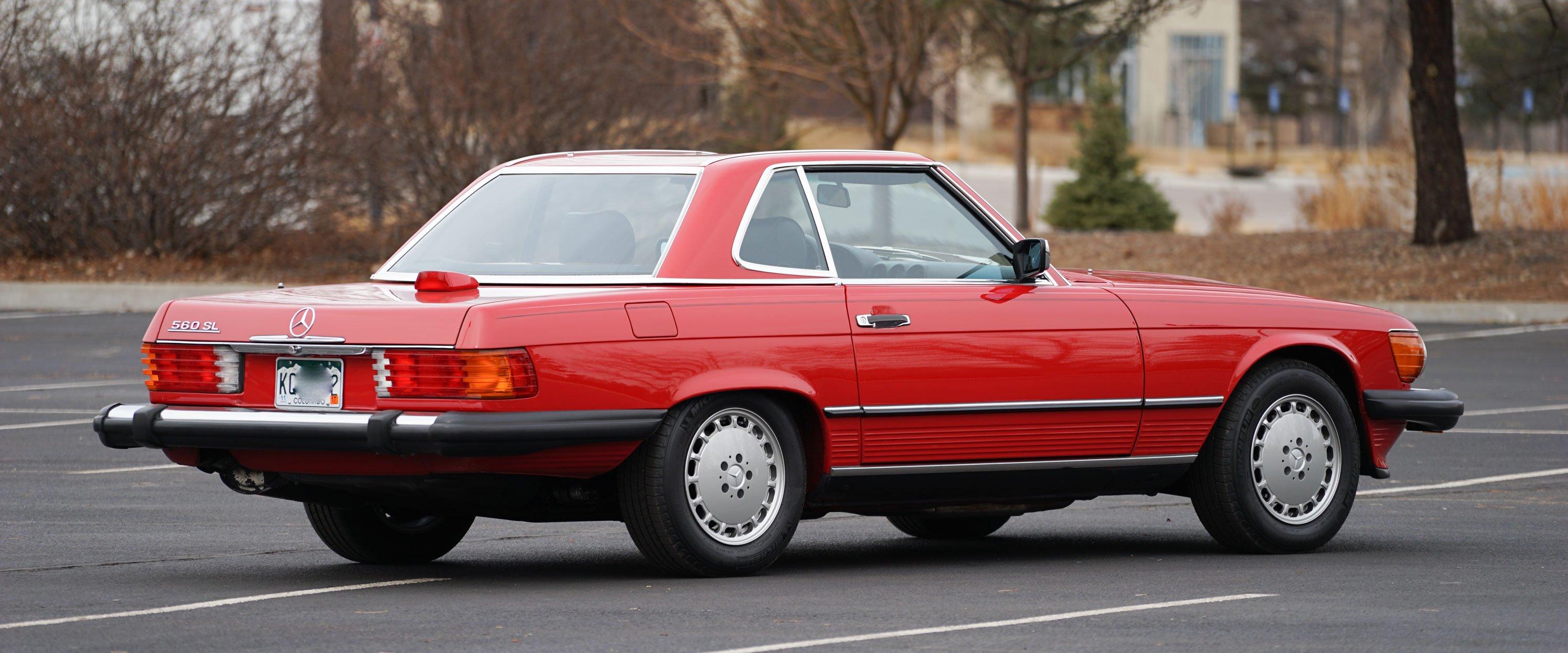 1986-Mercedes-Benz-560sl-red-slideshow-006@2x