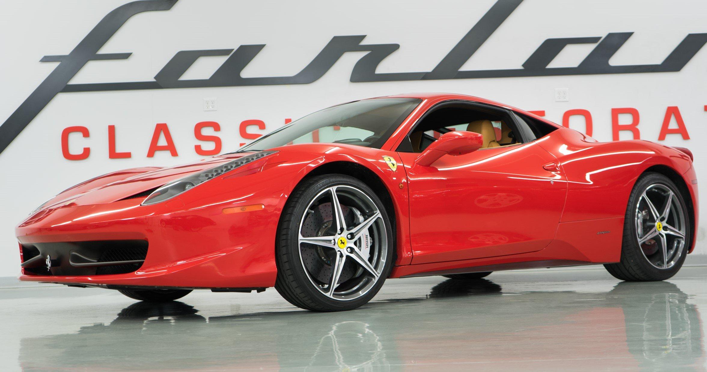 2011-Ferrari-458-Italia-Red-slideshow-002@2x2