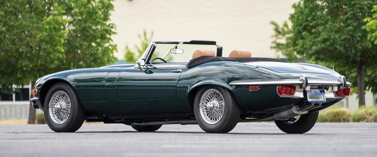 1973-Jaguar-E-type-Green-slideshow-001@2x.jpg