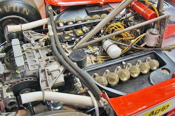 The Ferrari Flat 12 Era , Boxer to Testarossa