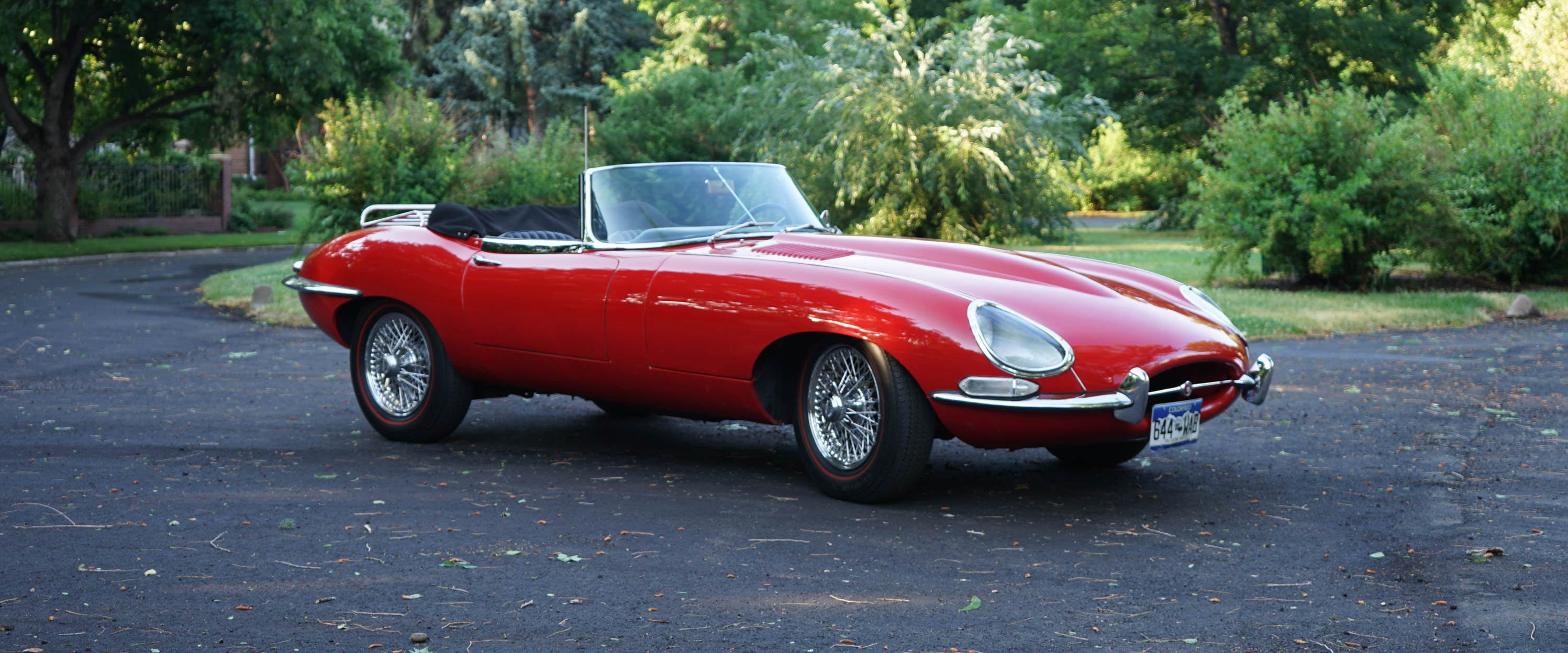 1966-Jaguar-XKE-Red-slideshow-0012x.jpg