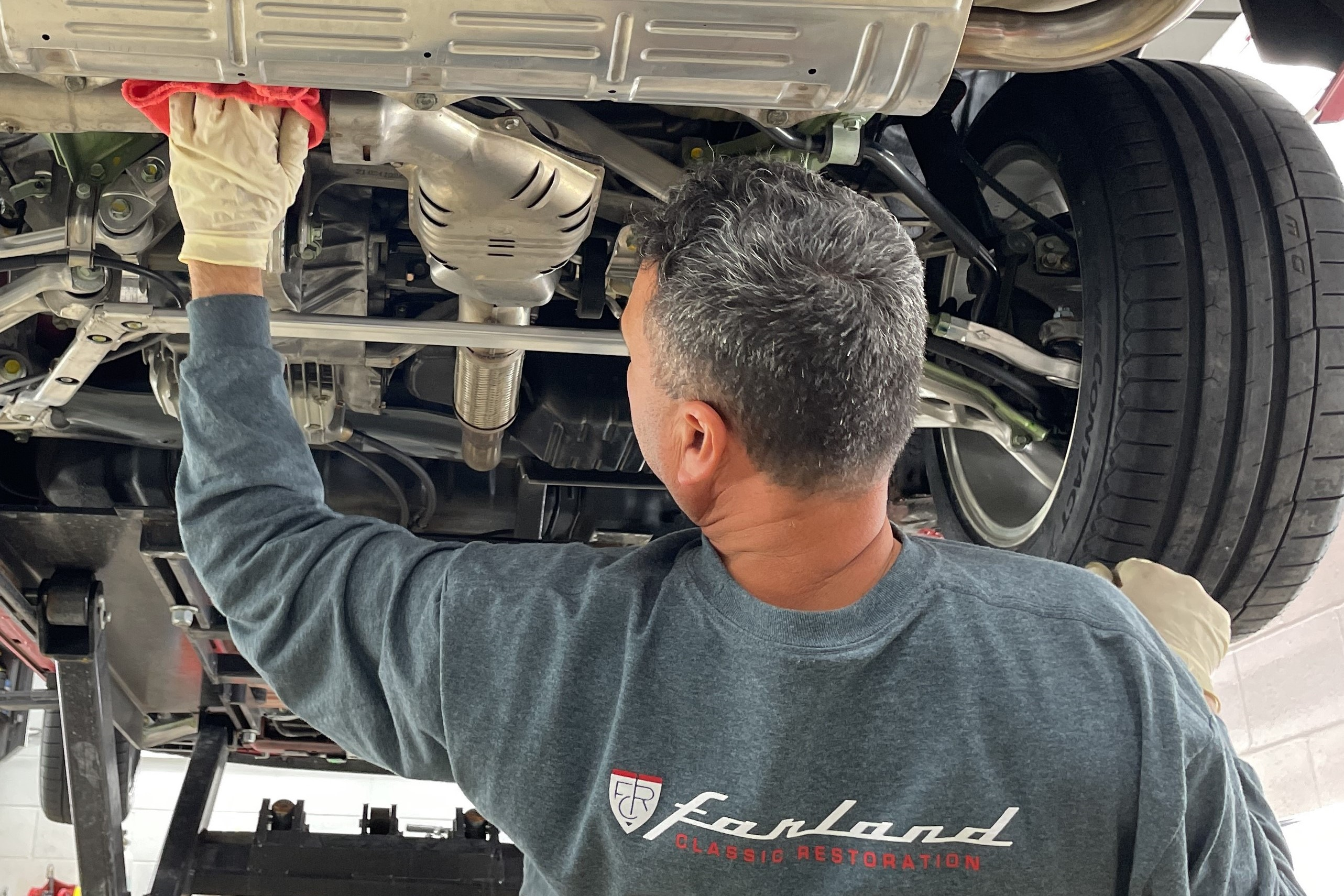Jorge Cleaning  Acura NSX - Farland Classic Restoration
